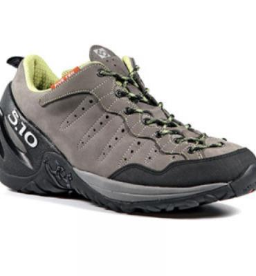 FIVE.TEN Men's Camp Four Approach Shoes