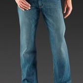 Loose-Fit Straight-Leg Jean