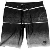 "Quiksilver Men's Division Logo Vee Board Shorts 20"" Outseam"