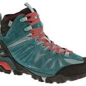 Women's Capra Mid Waterproof Shoes
